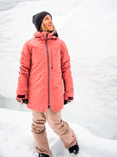 Outerwear collection - Mujeres- Page 1