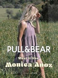 Wear it like Monica Anoz